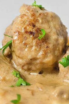 Meatballs in Mushroom Cream Sauce. Meatballs were ok but the sauce was tasteless tried to perk it up but was kind of late once i tasted it. Cooking sour cream for that long too made it split. Ground Beef Recipes, Pork Recipes, Cooking Recipes, Recipies, Beef Dishes, Food Dishes, Mushroom Cream Sauces, Mushroom Sauce, Mushroom Gravy