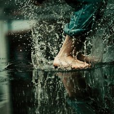 As a kid I took twice the time to get home on rainy days, I loved walking in it .the smell too. Some of my best childhood memories were puddle jumping. Action Photography, Art Photography, Amazing Photography, Nostalgia Photography, Puddle Jumping, Foto Top, Rain Dance, I Love Rain, Graphic Projects