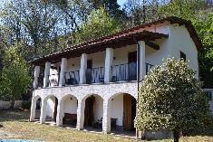 Maison à vendre: Toscane: CAMAIORE Toscane Gate, Pergola, Outdoor Structures, Mansions, House Styles, Home Decor, Italy, Decoration Home, Portal