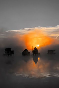 *Sunrise (Touch of Color) Travel Pictures, Cool Pictures, Beautiful Pictures, Beautiful World, Beautiful Places, Beautiful Sunset, Image Nature, Orange Grey, Color Photography