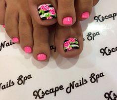 flower toe nail