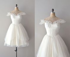 1950s wedding dress / tulle 50s wedding dress / J'te by DearGolden So cute with cute ruffles and off the shoulder sleeves