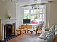 This property manages to retain its original charm and character as well as providing all the modern comforts.