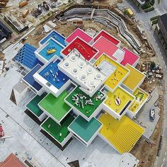 A childhood dream came true! ✏️LEGO House by BIG Billund, #Denmark ____ Info: * Architect: @big_builds * Client: @lego * Photo by @sydhavneren * Latest articles link in bio * Submit #designwanted * ©️️ Photo Owners | DM for credits / remove #Regram via @designwanted