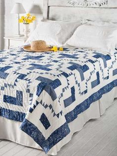 Blueberry Delight FREE quilt pattern download. Find this pattern at…