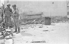 During the battle for Cassinga. What a battle it was for the South African Paratrooper Troops, Soldiers, Brothers In Arms, Defence Force, Paratrooper, Africans, My Land, African History, South Africa
