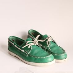 Green Shoes | size 85 Vtg Kelly Green Boat Shoes 80s bass by OldBaltimoreVintage