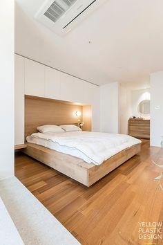 우드향기가 번지는 집, 신반포펠리스 42평 아파트인테리어 [옐로플라스틱/ YELLOWPLASTIC /옐로우플라스틱] : 네이버 블로그 House Design, Bedroom, Yellow, Wood, Interior, Furniture, Plastic, Home Decor, Home Interiors