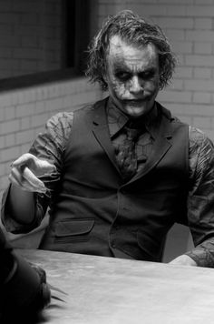Heath Ledger #Joker Why is he still attractive in costume?
