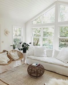 Nice 48 Stunning White Living Room Ideas For Home. : Nice 48 Stunning White Living Room Ideas For Home. Home Living Room, Living Room Designs, Living Room Decor, Living Spaces, Home Design, Interior Design, Design Ideas, Design Trends, Design Design