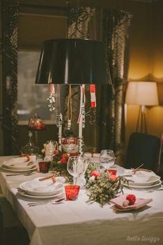 A luz na mesa de Natal é um pormenor que faz uma grande diferença.