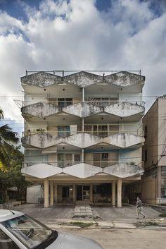 The Strikingly Well-Preserved Modernist Homes of Pre-Revolutionary Cuba   Atlas Obscura