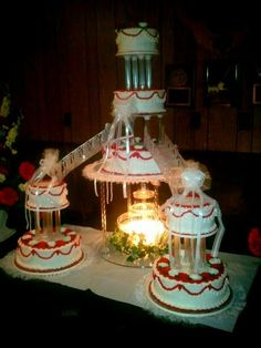 wedding cakes with bridges and fountains moses wedding cake traditional wilton style tiers with 25993