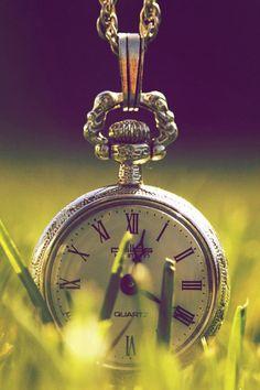 640-Old-Pocket-Watch-l