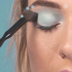 Powerpuff-inspired Beauty Look: Bubbles