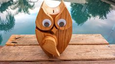 Vintage-wooden-owl-bank-with-googly-eyes