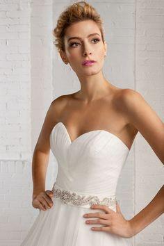 Cosmobella Style 7772: Cosmobella 2016 bridal collection : http://www.itakeyou.co.uk/wedding/cosmobella-wedding-dress-2016 #weddingdress #weddingdresses