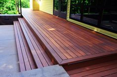 Exterior Wood – Yes, We Meant to Stain It! Stained Wood Deck - love this color for stain/deck, with whit white or cream railings Deck Stain Colors, Deck Colors, Siding Colors, Colours, Patio Steps, Outdoor Steps, Wood Deck Designs, Pergola, Timber Deck