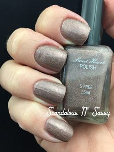 Sweet Heart Polish Addicted To Holo Box October 2015 Sugar & Spice indoor/standard lighting