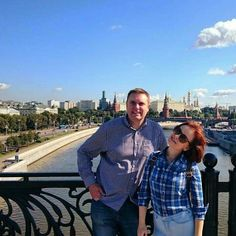 #FridayLovelyGuide Our charming #Moscow #guide Dasha with a British #tourist on #Kremlin tour today.  #friendlylocalguides #kremlintour #moscowtourguide #moscowtours #moscowguide #moscowsummer