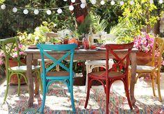 Transforma tu #terraza en el lugar perfecto para compartir con #amigos. #Comedor #Homy #Colores #Madera #Vintage