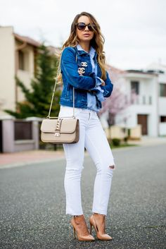 Jacket: PULL & BEAR // Shirt and jeans: ZARA // Brooches: CHANEL // Bag: VALENTINO // Shoes: TONY BIANCO // Sunglasses: KAREN WALKER.