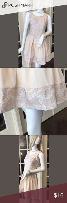 YA LOS ANGELES dress lace gathered skirt zipper Super sweet feminine dress. Exposed zipper. Darling semi-gathered skirt. Perfect for dressy occasions. The measurements are shown in the listing pictures. Ya Los Angeles Dresses Wedding