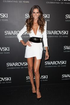740full-izabel-goulart.jpg (JPEG Image, 740 × 1110 pixels) - Scaled (82%)