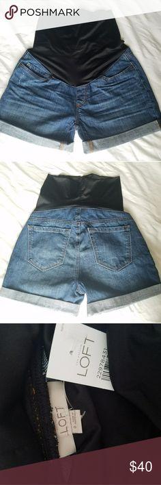LOFT Maternity shorts (NWT) Denim cuffed shorts Full body maternity covering with super quality bump covering Never worn!! LOFT Shorts Jean Shorts