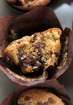 Gluten-Free Gooey Chocolate Chip Pecan Muffins: fluffy, moist, GF muffins packed with chocolate chips and toasted pecans. Passover friendly! Video included. | TrufflesandTrends.com
