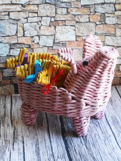 VK is the largest European social network with more than 100 million active users. Sun Paper, Z Photo, Paper Basket, Basket Weaving, Newspaper, Recycling, Diy, Home Decor, Hampers