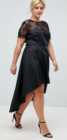 15 Plus Size Party Dresses {with Sleeves} - Plus Size Cocktail Holiday Party Dresses - Plus Size Fashion for Women - alexawebb.com #alexawebb #plussize #partydress