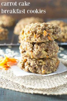 Thick, soft, and full of fresh carrot and apple, these Carrot Cake Breakfast Cookies are a healthy make ahead breakfast or snack. They're whole grain and refined sugar free, and they keep well in the freezer for meal prep. Breakfast And Brunch, Healthy Make Ahead Breakfast, Breakfast Recipes, Apple Breakfast, Breakfast Ideas, Breakfast Bars, Brunch Ideas, Baby Food Recipes, Gourmet Recipes