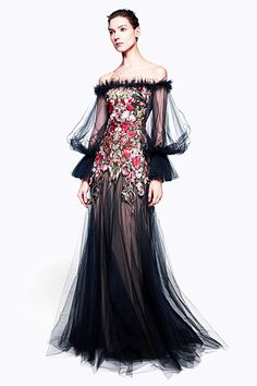 Alexander McQueen - Women's Ready-to-Wear - 2012 Pre-Fall