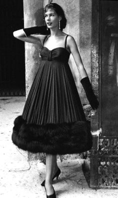 Cocktail frock hemmed in fur by Marucelli photo Federico Patellani 1958