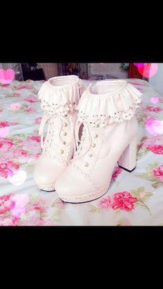 Image via We Heart It #kawaii #shoes #sweet #ulzzanggirl #ulzzangstyle #Lolita #cute