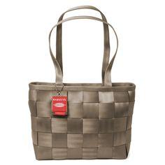Seatbelt purse....love it!