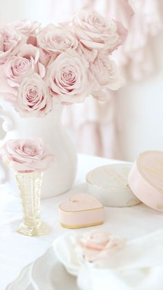 Great Photos soft Pink Flowers Concepts Some sort of red-colored flower is a pretty widespread token of affection and also passion. Therefore wide-sp Couleur Rose Pastel, Pastel Pink, Blush Pink, Flower Aesthetic, Pink Aesthetic, Pink Love, Pretty In Pink, Mode Rose, Deco Rose