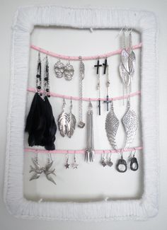#jewelry #jewellery #jewelrydisplay #jewelryhanger #diy