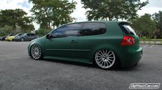 Looks like I'll be first to dip my mk3 Vento in hunter green. Looks absolutely gorgeous!