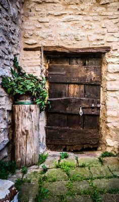 old #door in #Macerata, #Marche, #Italy...love the type of #bricks