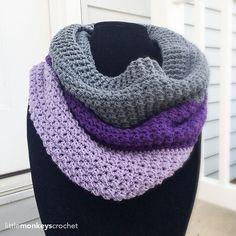 Comfy Squares Color Block Cowl   Free Crochet Pattern from Little Monkeys Crochet