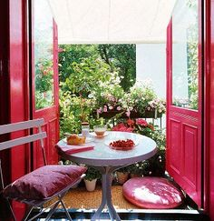 charming french breakfast nook