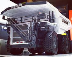 1/50 Liebherr T284 Dump Truck by Conrad  #constructionmodels #nzgmodels #wsimodels #wsi #mininglife #cranes #mammoet #yccmodels #sarens #felbermayr #ltm1400 #ltm1800 #breuer #ltm1500 #ltm11200 #liebherr #grovecrane #cranelife #construction