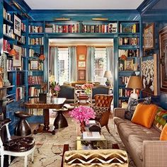 Love the lacquer walls in this library space #interiors #interiordesign #interiordesigner #salvesengraham #library #inspiration