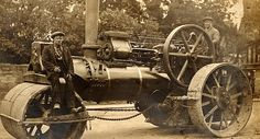 Young and Doggett Steam Tractor, Steam Engine, Retro Futurism, Tractors, Antique Cars, Old Things, Pumping, Rollers, History