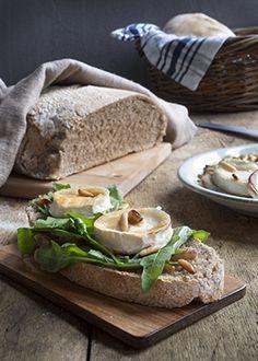 leipä Bread, Food, Brot, Essen, Baking, Meals, Breads, Buns, Yemek