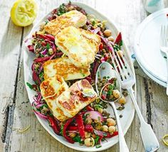 Halloumi with lemony lentils, chickpeas & beets (minus the beets for me!) 418 cals with low fat halloumi Veggie Dishes, Veggie Recipes, Salad Recipes, Cooking Recipes, Healthy Recipes, Lime Recipes Savoury, Hallumi Recipes, Recipies, Dinner Recipes