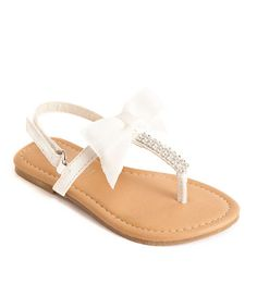 Adorable White Bow Sandal on #zulily today! http://www.zulily.com/invite/tomkatstudio