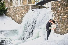 snowy winter wedding... click on this link... lots of very pretty pictures!!